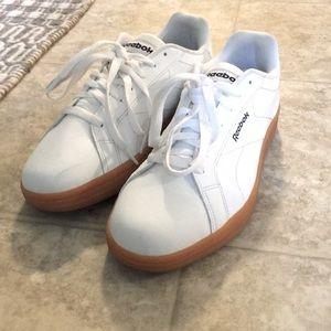 EUC Reebok Retro Style Sneakers